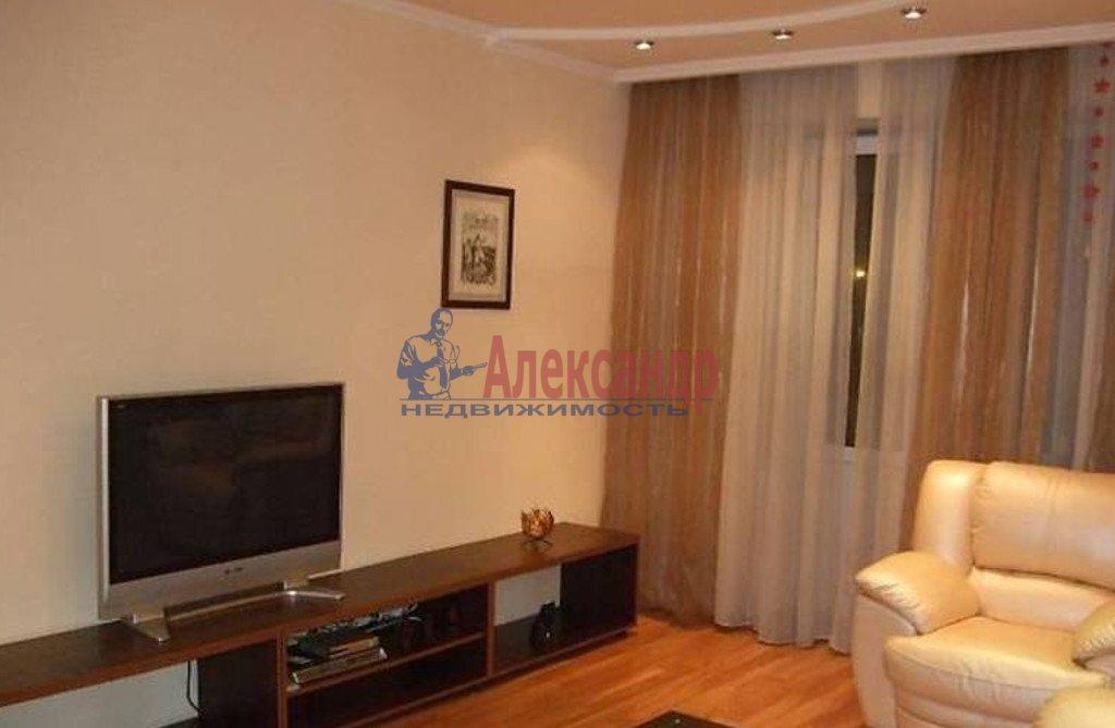 2-комнатная квартира (60м2) в аренду по адресу Северный пр., 75— фото 1 из 3