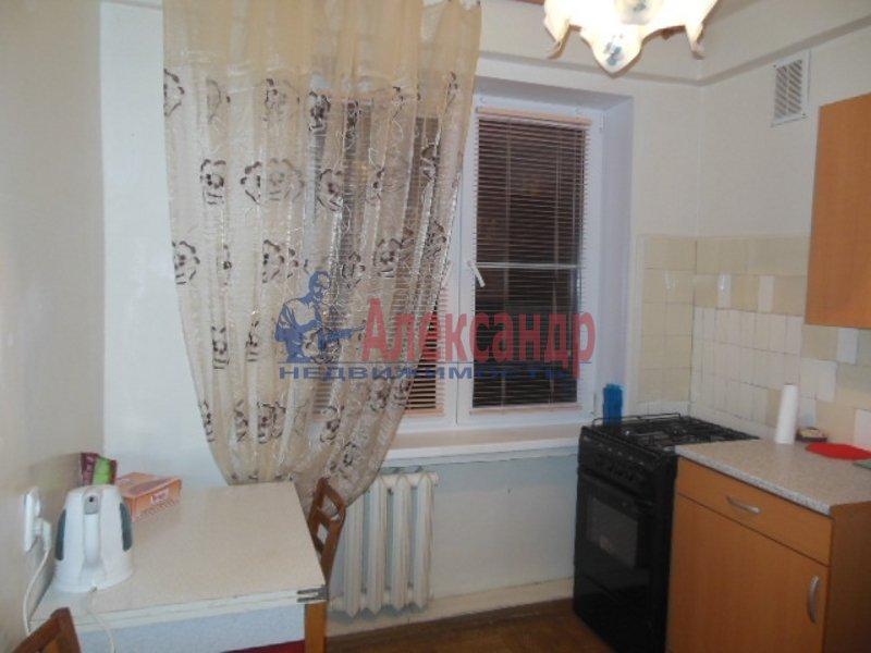 2-комнатная квартира (49м2) в аренду по адресу Космонавтов просп., 52— фото 7 из 8