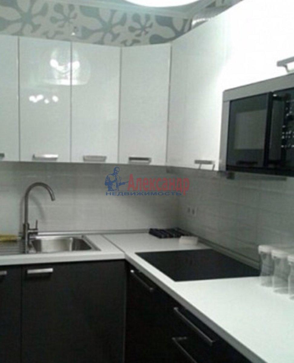 1-комнатная квартира (39м2) в аренду по адресу Науки пр., 17— фото 2 из 3