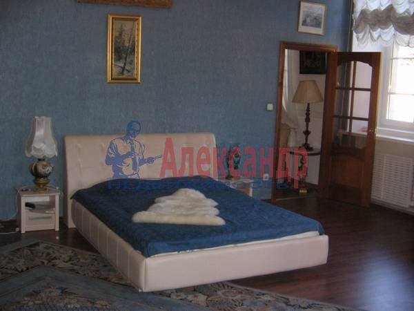 2-комнатная квартира (78м2) в аренду по адресу Фурштатская ул., 62— фото 1 из 7