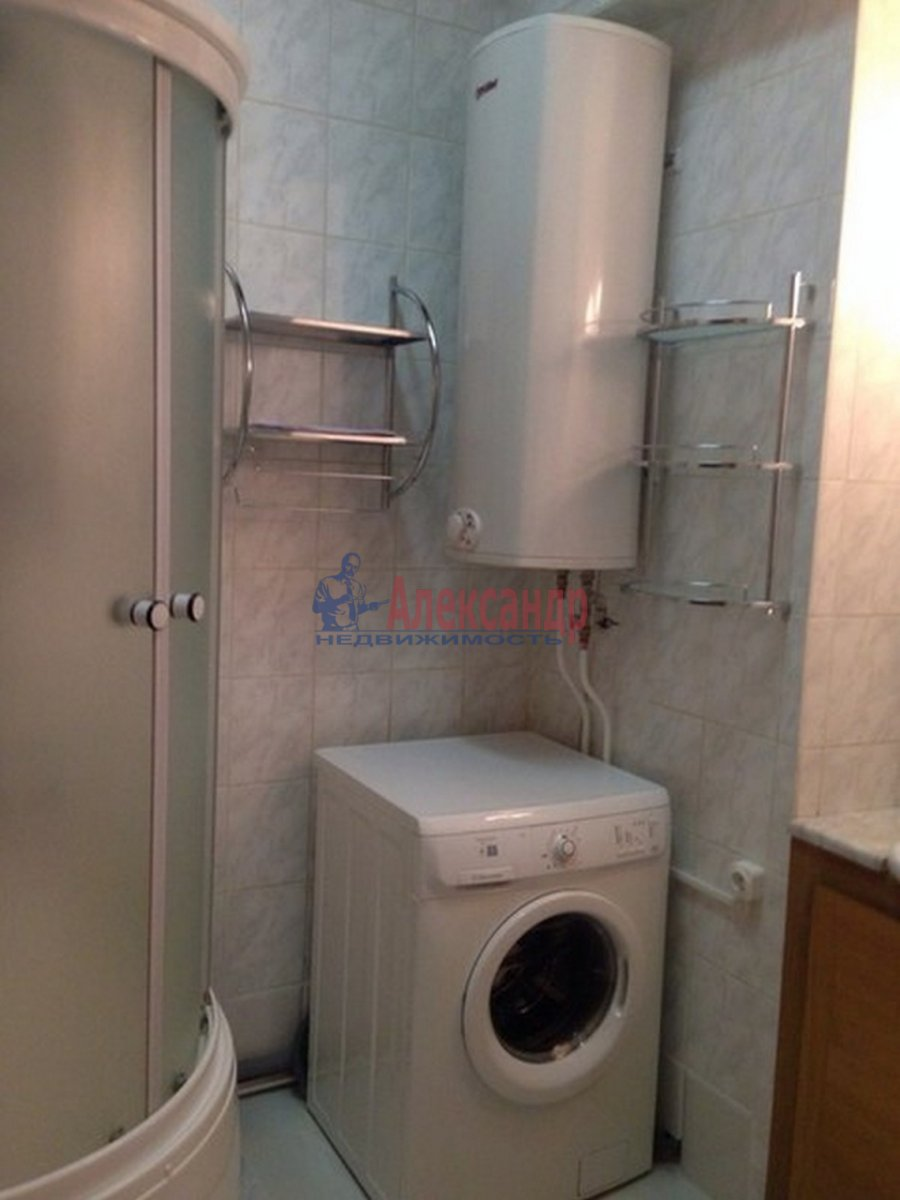 2-комнатная квартира (72м2) в аренду по адресу Реки Фонтанки наб., 64— фото 4 из 7