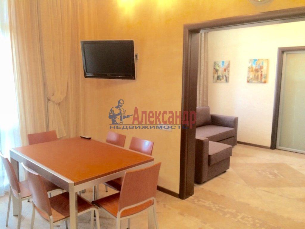 4-комнатная квартира (130м2) в аренду по адресу Бассейная ул., 10— фото 4 из 17
