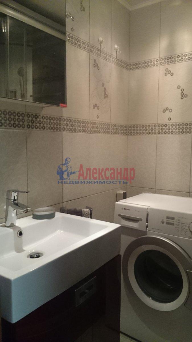 1-комнатная квартира (37м2) в аренду по адресу Ярослава Гашека ул., 15— фото 8 из 12