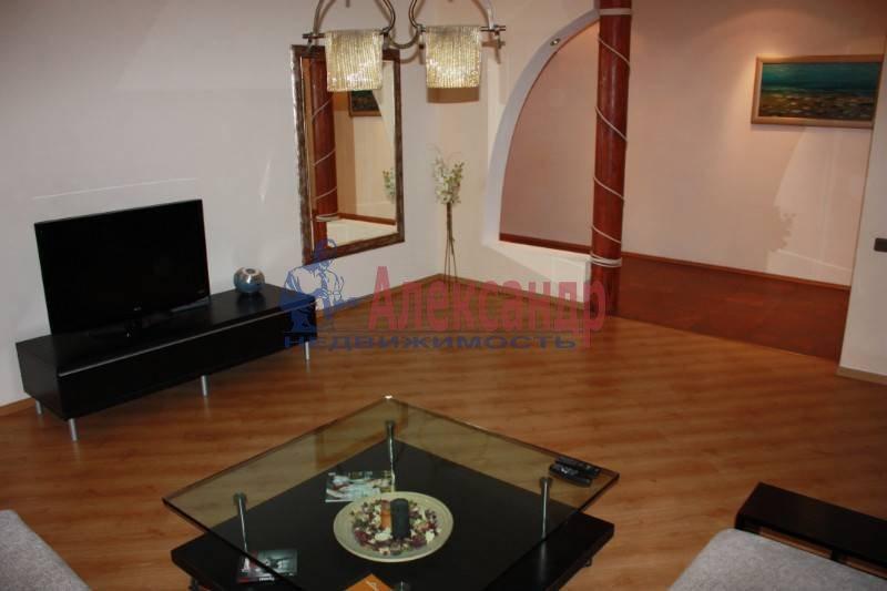 3-комнатная квартира (125м2) в аренду по адресу Реки Фонтанки наб.— фото 1 из 6