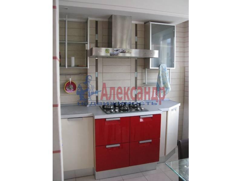 1-комнатная квартира (50м2) в аренду по адресу Ординарная ул., 21— фото 1 из 12