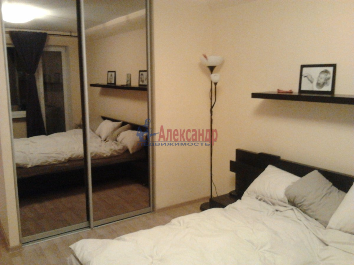 3-комнатная квартира (68м2) в аренду по адресу Наличная ул., 36— фото 10 из 10