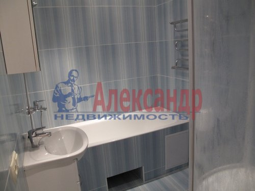 1-комнатная квартира (41м2) в аренду по адресу Коломяжский пр., 15— фото 5 из 5