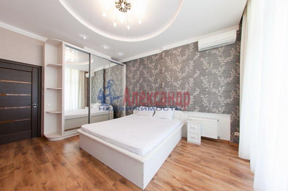 2-комнатная квартира (69м2) в аренду по адресу Смоленская ул., 11— фото 2 из 6