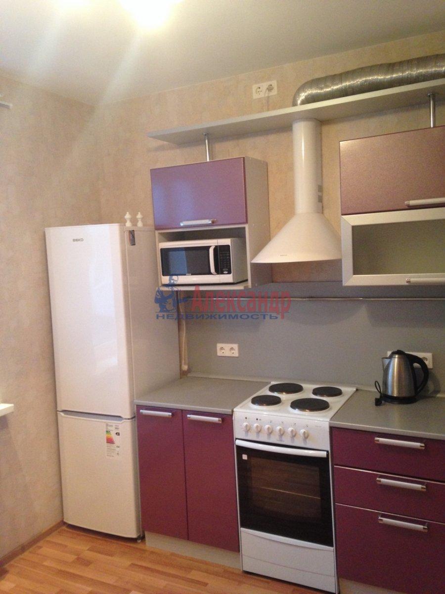 1-комнатная квартира (40м2) в аренду по адресу Сикейроса ул., 7— фото 2 из 15