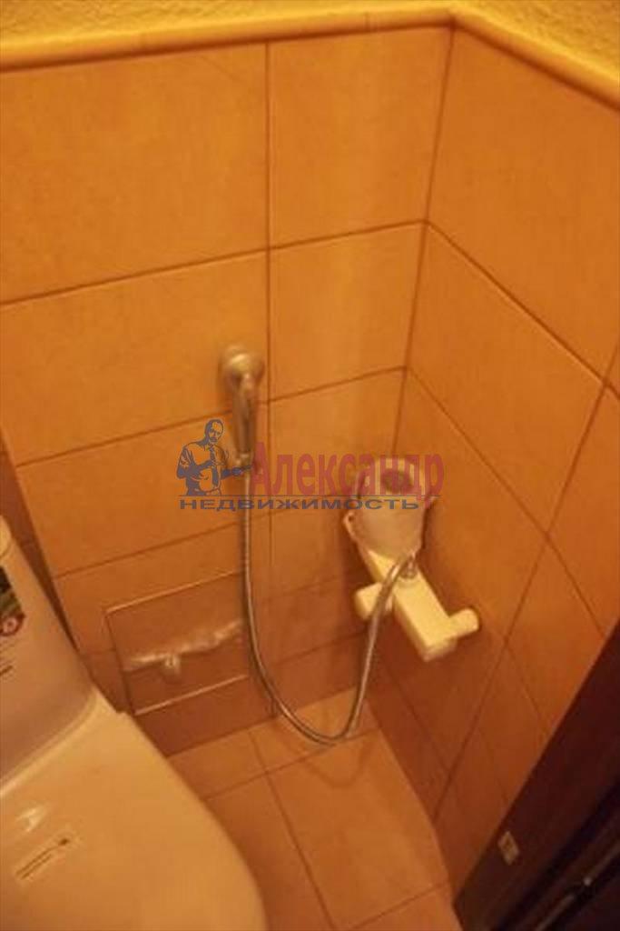 4-комнатная квартира (107м2) в аренду по адресу Мытнинская ул., 5— фото 3 из 5