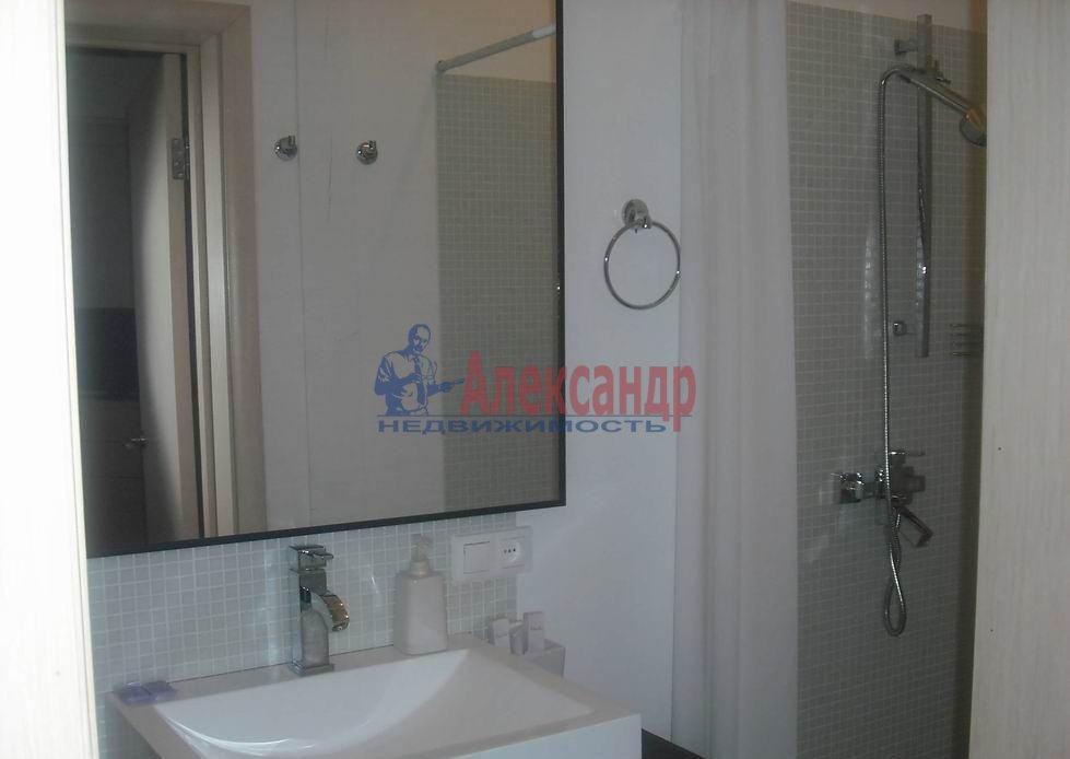 2-комнатная квартира (92м2) в аренду по адресу Реки Фонтанки наб.— фото 4 из 4