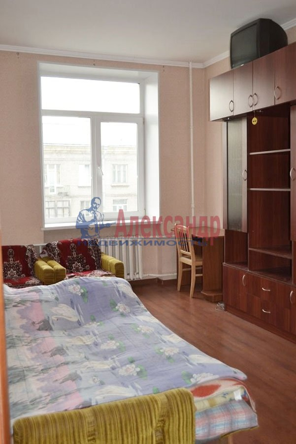 1-комнатная квартира (37м2) в аренду по адресу Варшавская ул., 96— фото 1 из 3
