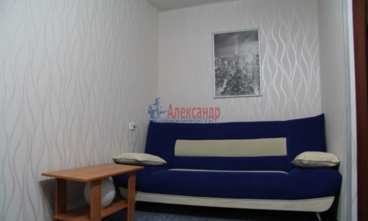 1-комнатная квартира (32м2) в аренду по адресу Ленинский пр., 77— фото 1 из 7