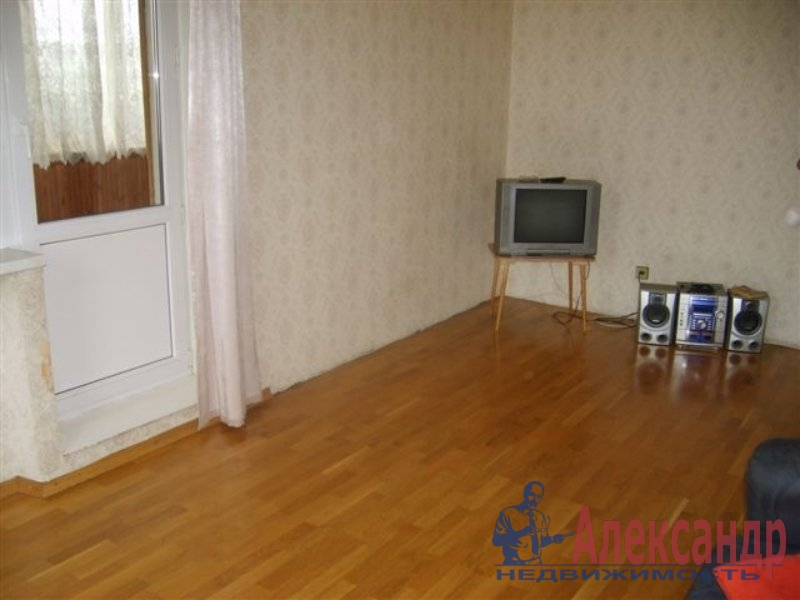 1-комнатная квартира (35м2) в аренду по адресу Ткачей ул., 5— фото 4 из 4