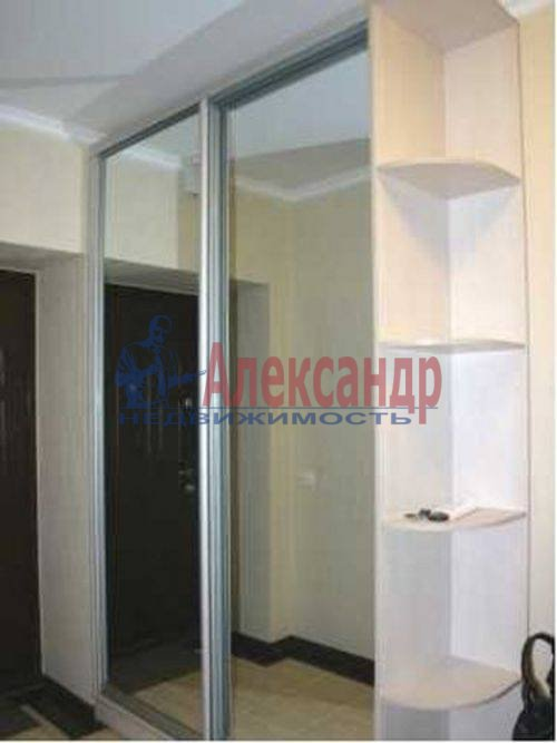 3-комнатная квартира (73м2) в аренду по адресу Богатырский пр., 24— фото 12 из 17