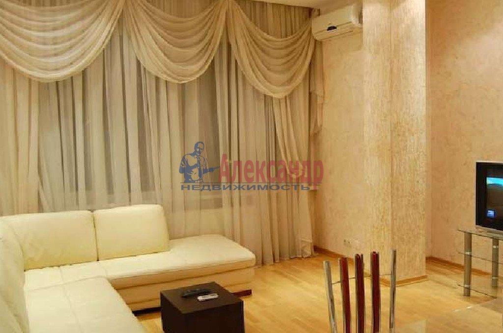 2-комнатная квартира (66м2) в аренду по адресу Обводного канала наб., 108— фото 1 из 4