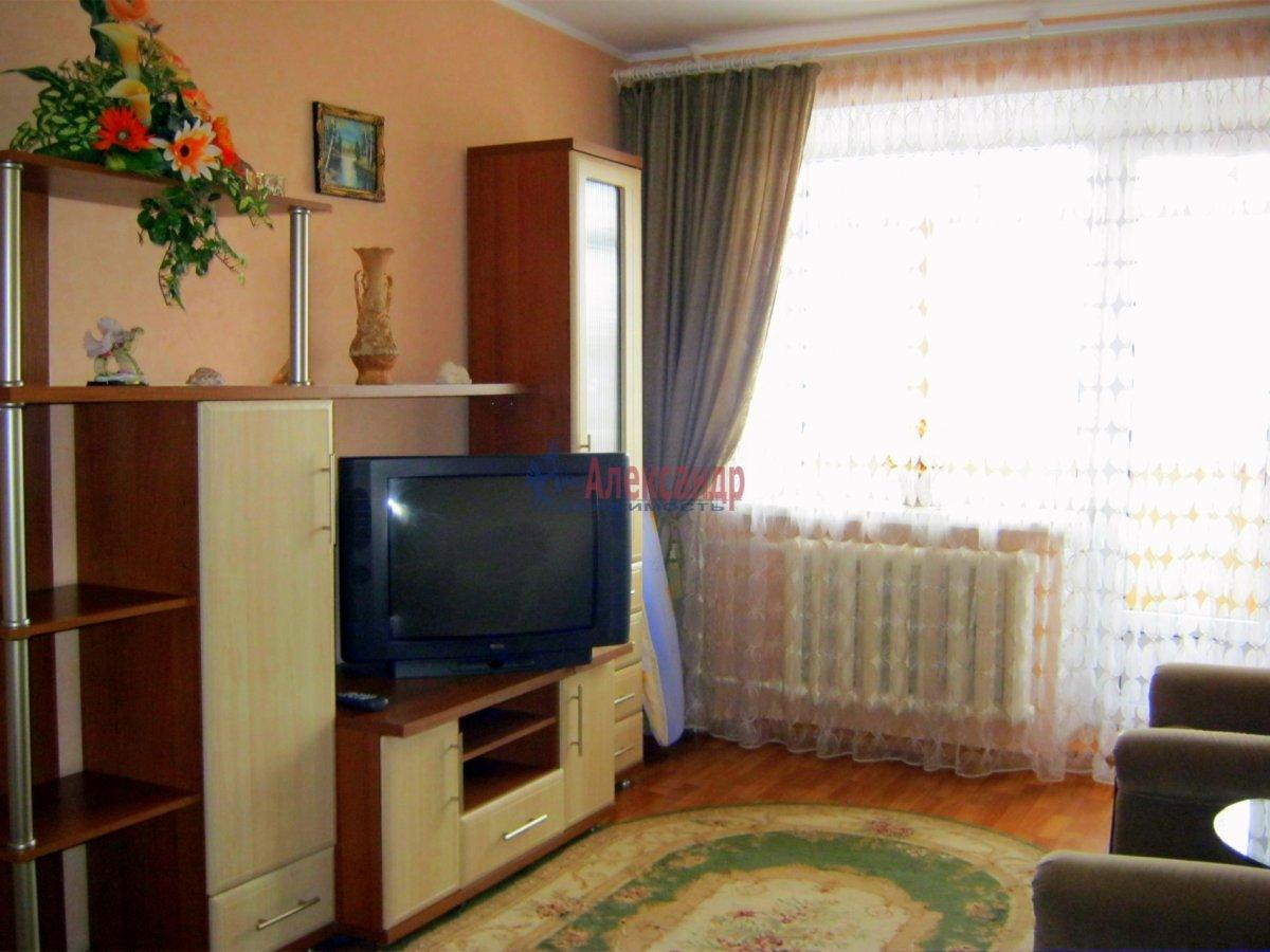 2-комнатная квартира (65м2) в аренду по адресу Науки пр., 30— фото 1 из 1