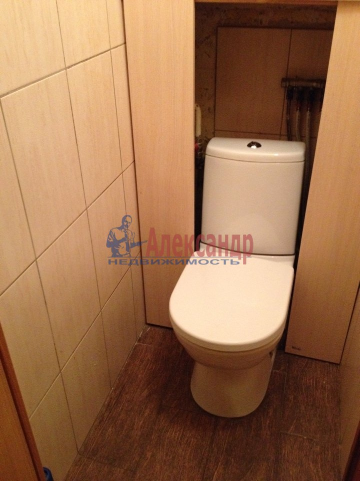 3-комнатная квартира (69м2) в аренду по адресу Подвойского ул., 17— фото 4 из 11