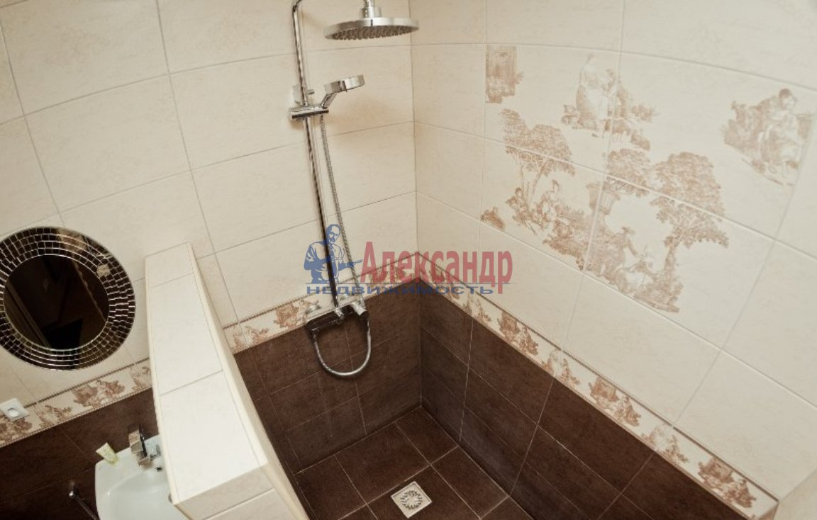 1-комнатная квартира (41м2) в аренду по адресу Тореза пр., 9— фото 2 из 3