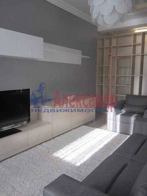 2-комнатная квартира (80м2) в аренду по адресу Исполкомская ул., 12— фото 12 из 13