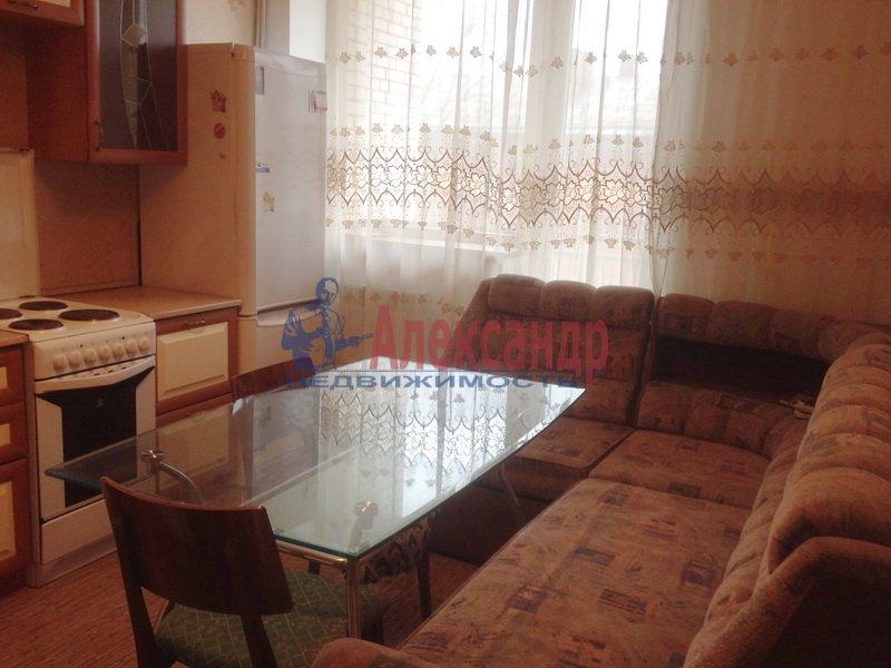 1-комнатная квартира (35м2) в аренду по адресу Дунайский пр., 34— фото 1 из 5
