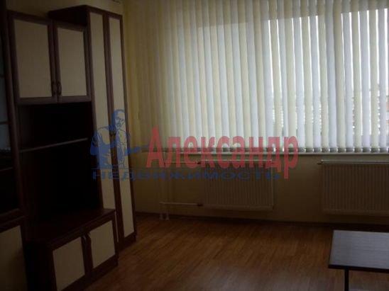 1-комнатная квартира (51м2) в аренду по адресу Альпийский пер., 33— фото 6 из 8