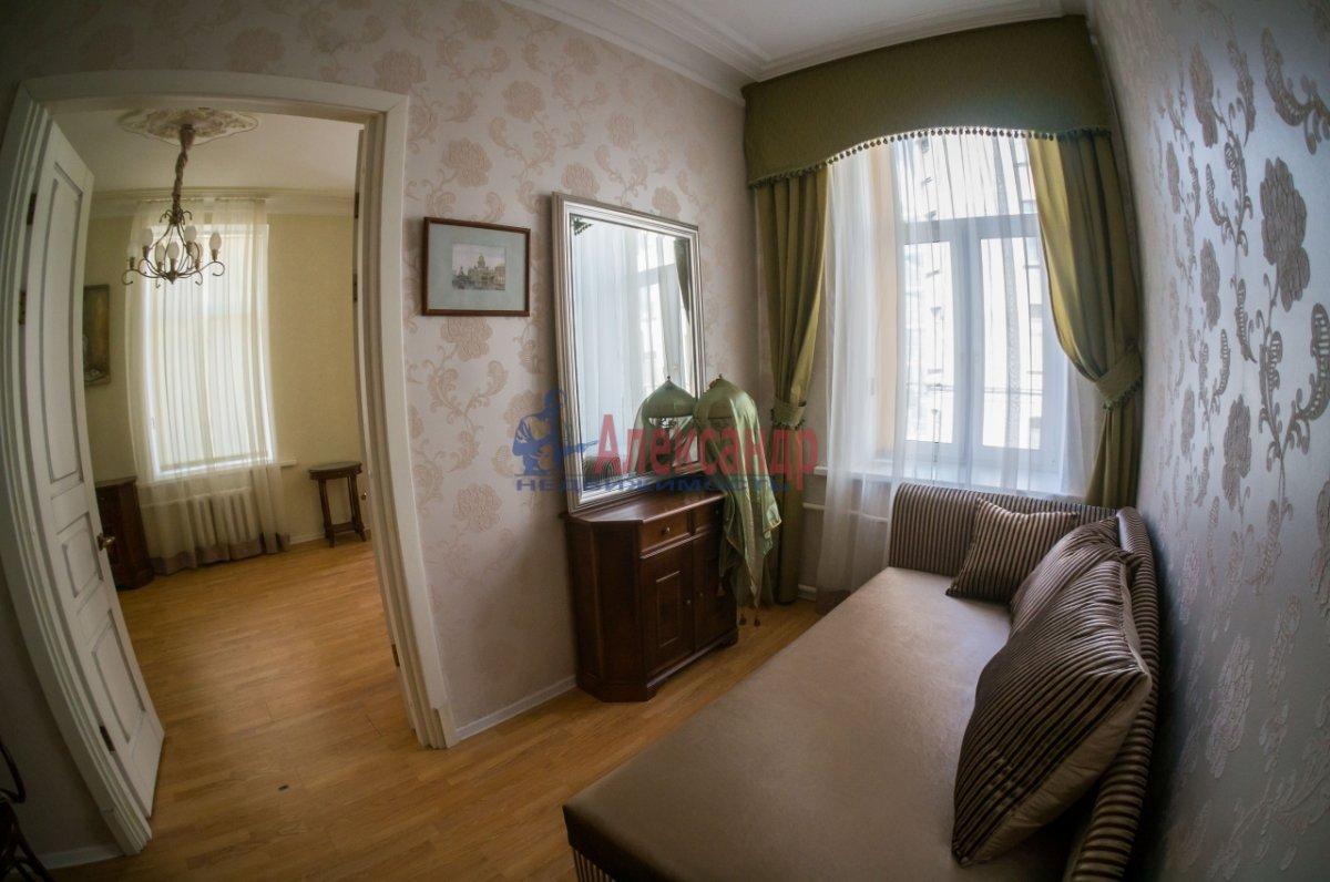 3-комнатная квартира (80м2) в аренду по адресу 6 Красноармейская ул., 80— фото 6 из 8