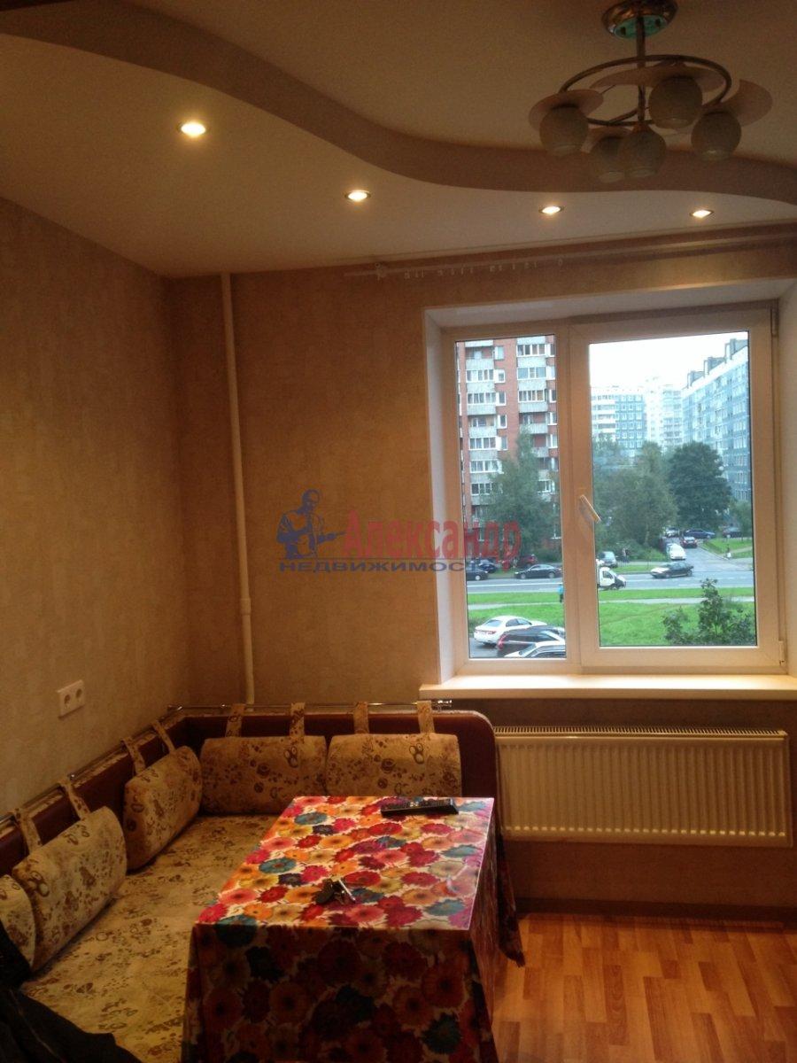 1-комнатная квартира (40м2) в аренду по адресу Сикейроса ул., 7— фото 5 из 13