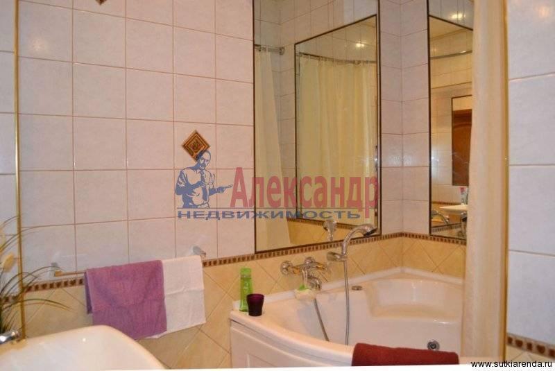 2-комнатная квартира (70м2) в аренду по адресу Композиторов ул., 12— фото 3 из 4