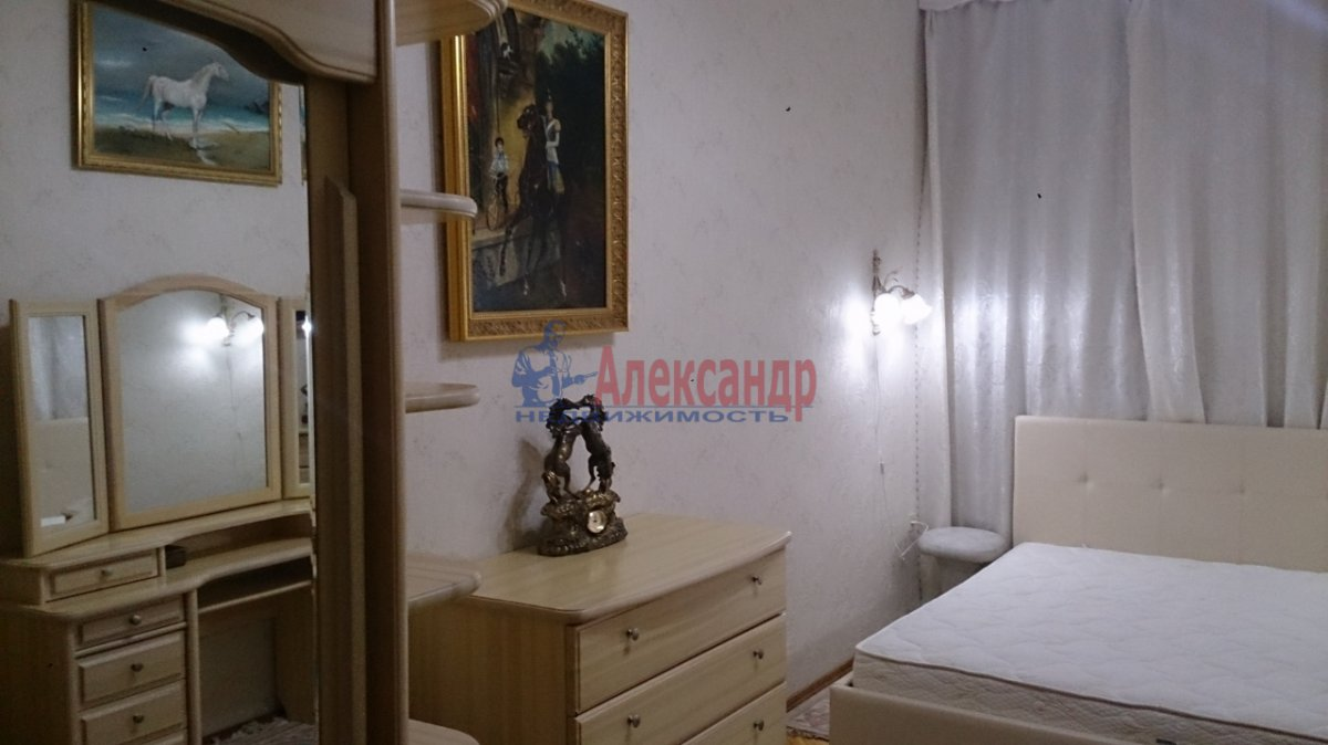 3-комнатная квартира (85м2) в аренду по адресу Съезжинская ул., 27— фото 4 из 4