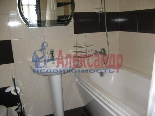 2-комнатная квартира (70м2) в аренду по адресу Варшавская ул., 23— фото 6 из 7