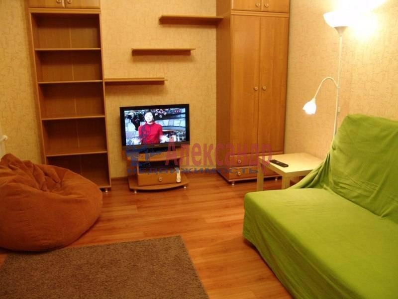 2-комнатная квартира (57м2) в аренду по адресу Богатырский пр., 7— фото 4 из 4