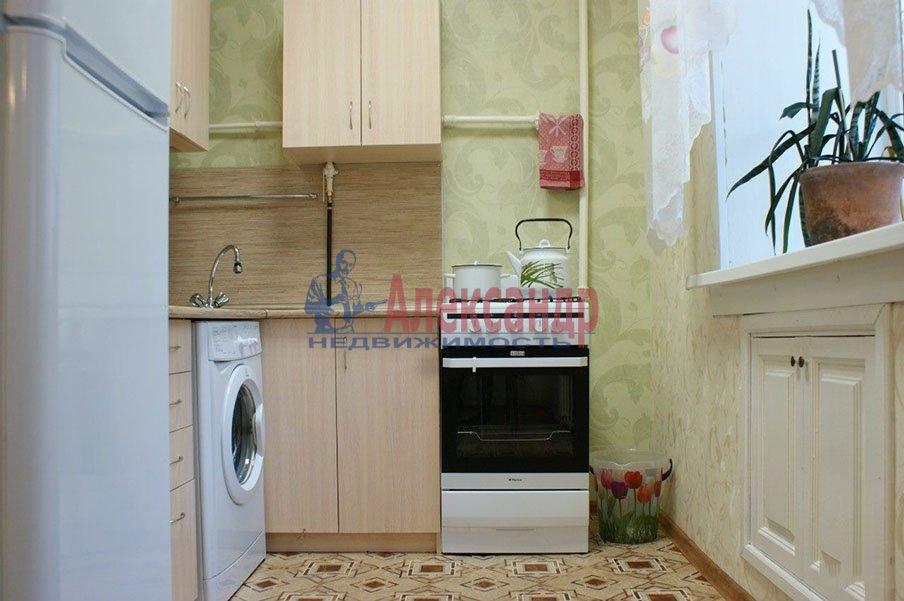 1-комнатная квартира (37м2) в аренду по адресу Варшавская ул., 96— фото 2 из 3