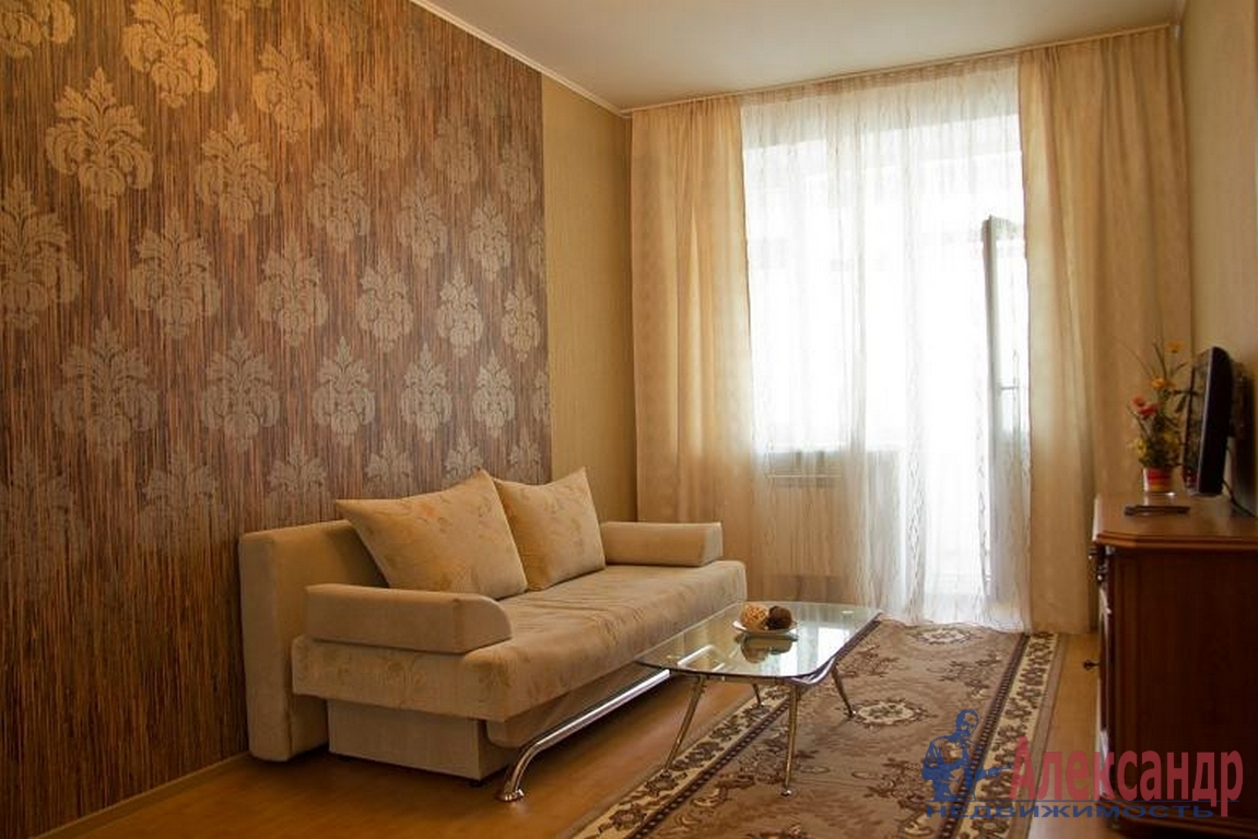 2-комнатная квартира (52м2) в аренду по адресу Дунайский пр., 5— фото 1 из 3