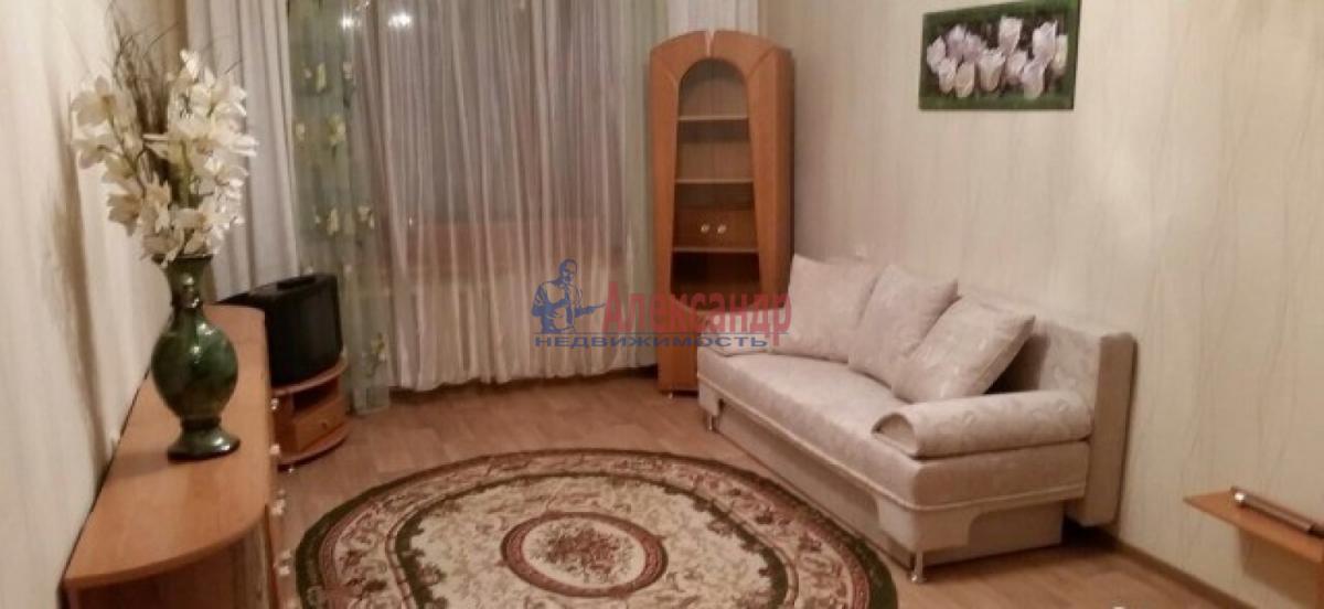 1-комнатная квартира (54м2) в аренду по адресу Дачный пр., 24— фото 2 из 4