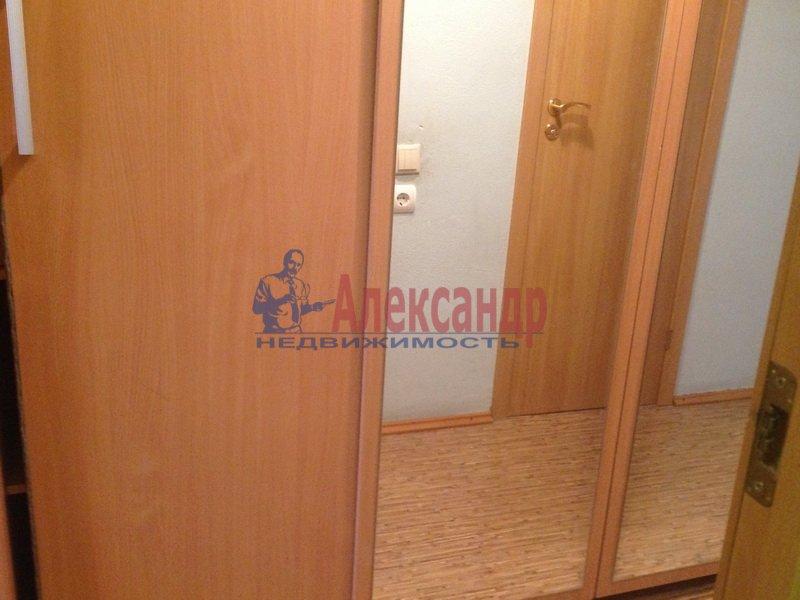 1-комнатная квартира (35м2) в аренду по адресу Дунайский пр., 34— фото 3 из 5
