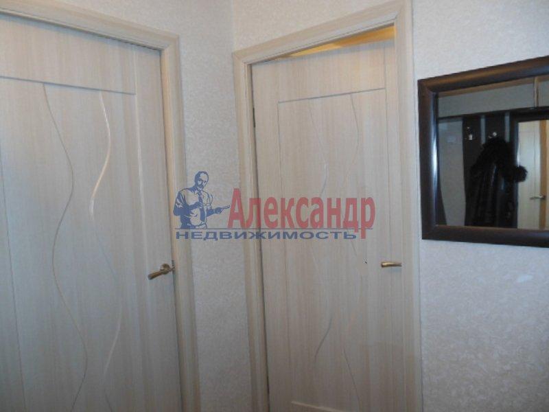 2-комнатная квартира (49м2) в аренду по адресу Космонавтов просп., 52— фото 1 из 8