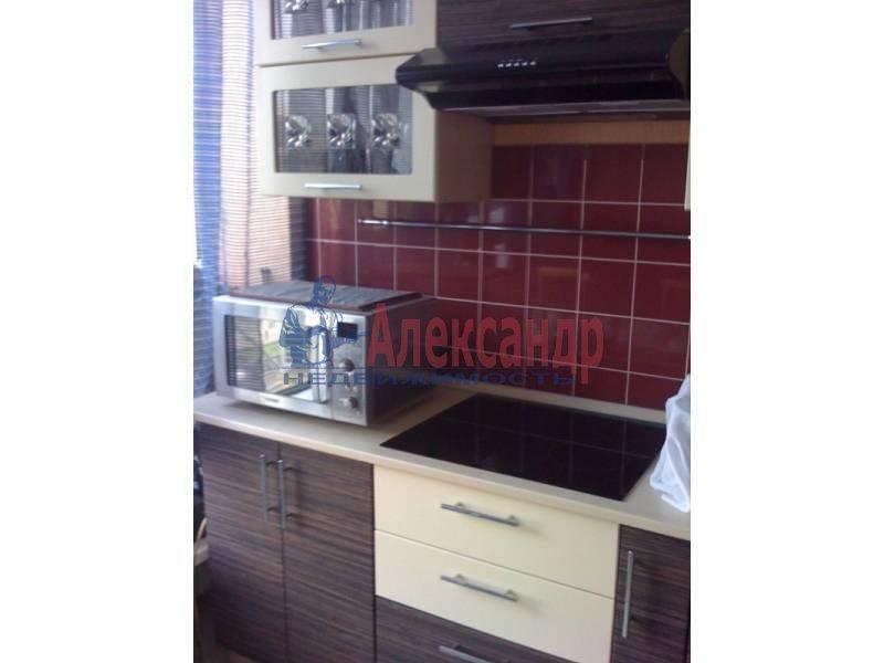 3-комнатная квартира (110м2) в аренду по адресу Московский просп., 220— фото 2 из 11