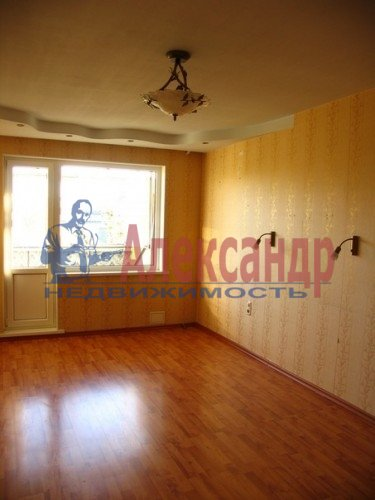 2-комнатная квартира (60м2) в аренду по адресу Ленинский пр., 117— фото 2 из 3