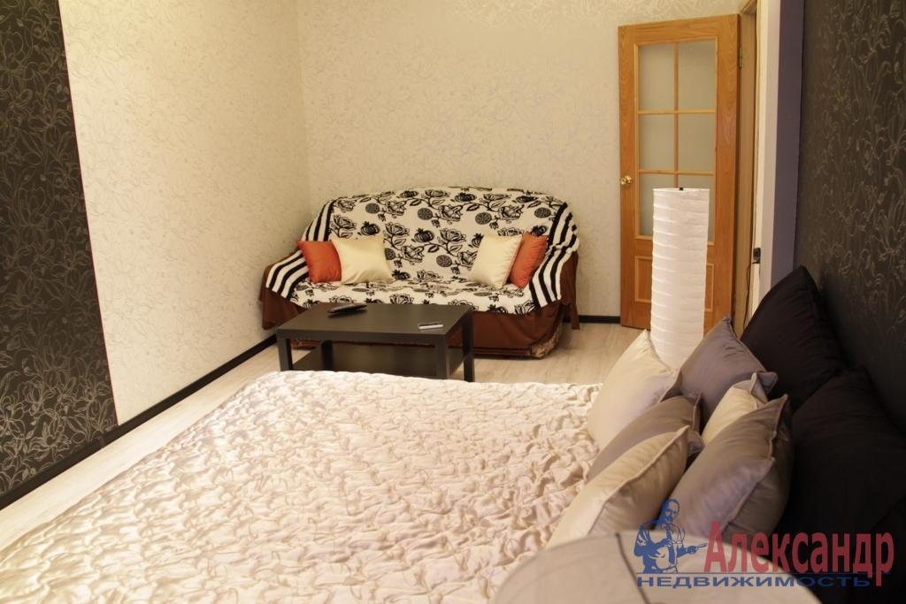 1-комнатная квартира (41м2) в аренду по адресу Комендантский пр., 17— фото 1 из 4