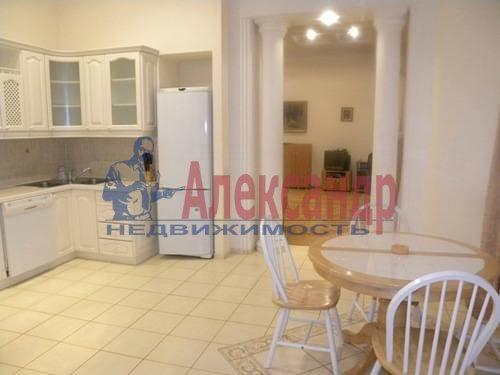 2-комнатная квартира (85м2) в аренду по адресу Замятин пер., 2— фото 1 из 7