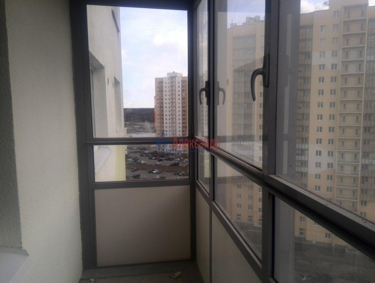 1-комнатная квартира (40м2) в аренду по адресу Даниила Хармса ул., 4— фото 3 из 9