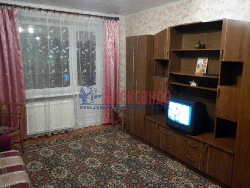 1-комнатная квартира (40м2) в аренду по адресу Хасанская ул., 20— фото 2 из 6