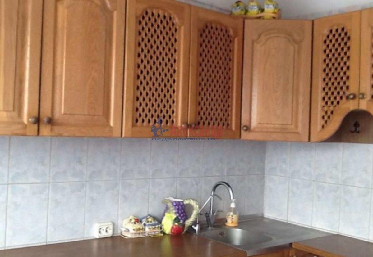 1-комнатная квартира (42м2) в аренду по адресу Богатырский пр., 5— фото 1 из 3