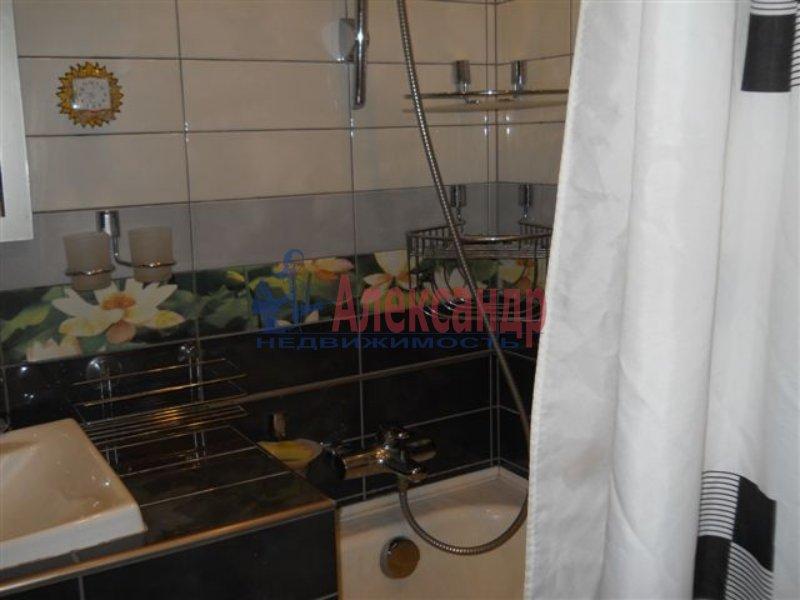1-комнатная квартира (40м2) в аренду по адресу Решетникова ул., 3— фото 3 из 4