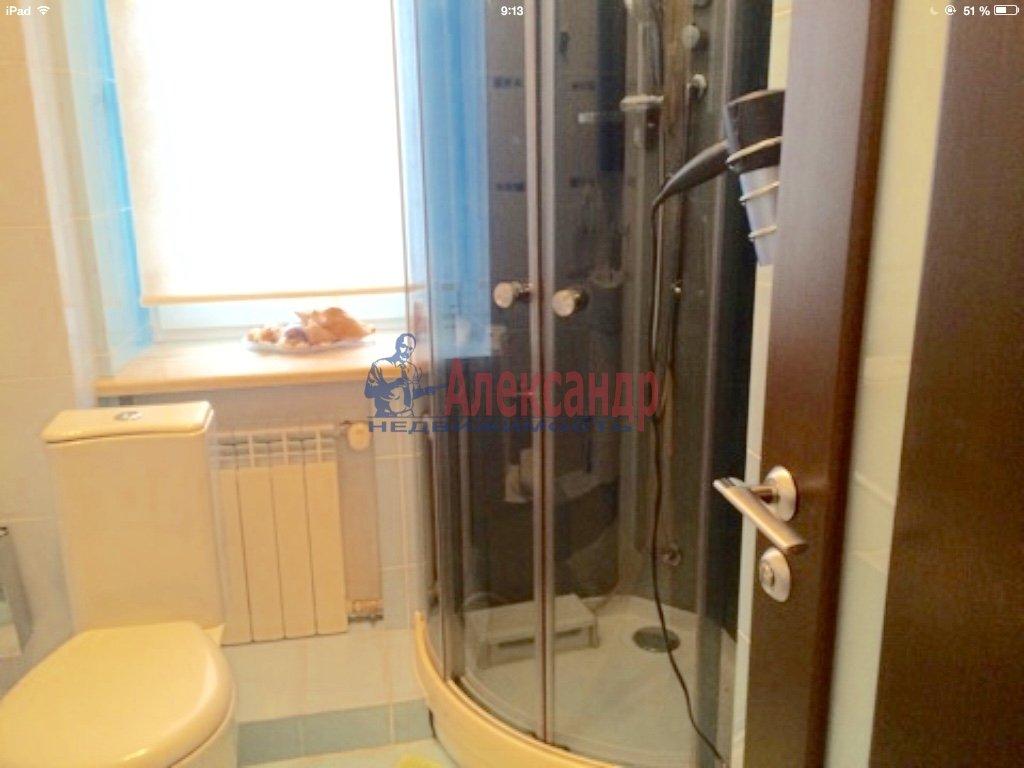 4-комнатная квартира (130м2) в аренду по адресу Бассейная ул., 10— фото 6 из 17