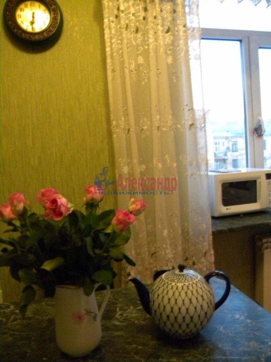 1-комнатная квартира (40м2) в аренду по адресу Комиссара Смирнова ул., 8— фото 5 из 7