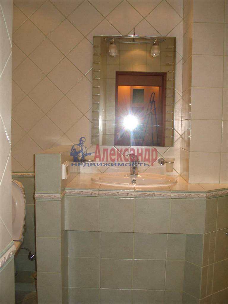 3-комнатная квартира (90м2) в аренду по адресу Шпалерная ул., 42— фото 7 из 7