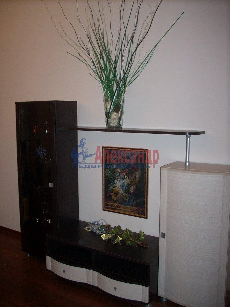 1-комнатная квартира (38м2) в аренду по адресу Политехническая ул., 17— фото 2 из 2