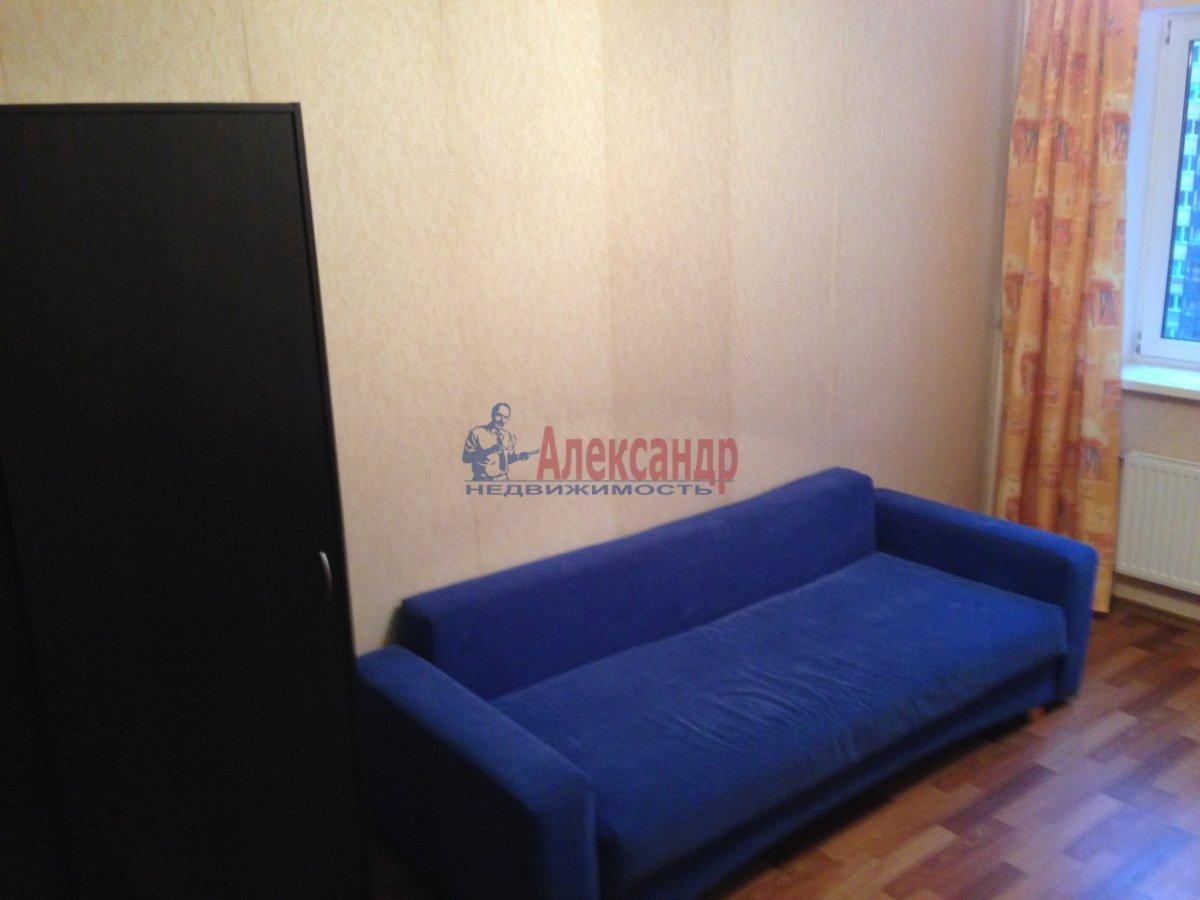 1-комнатная квартира (35м2) в аренду по адресу Парголово пос., Федора Абрамова ул., 18— фото 1 из 7